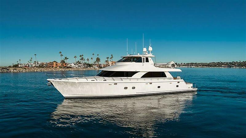 SOUNDINGS yacht Ocean Alexander
