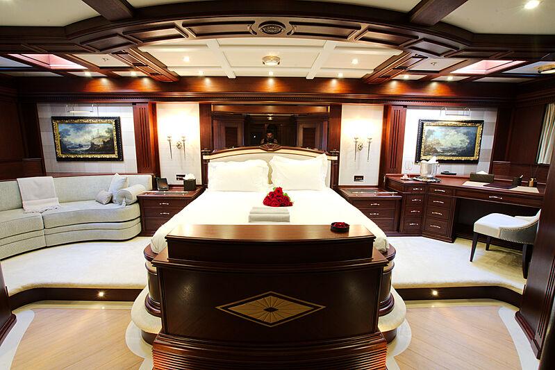 Mikhail S. Vorontsov yacht stateroom