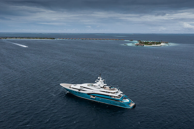 Sunrays yacht by Oceanco in Maldives