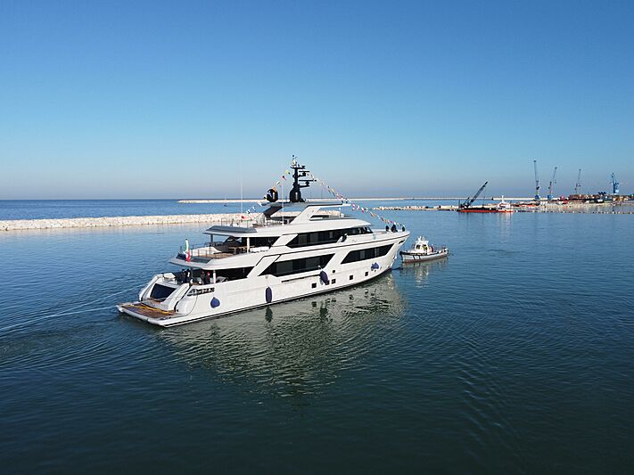 RJ 130 yacht launch in Ancona