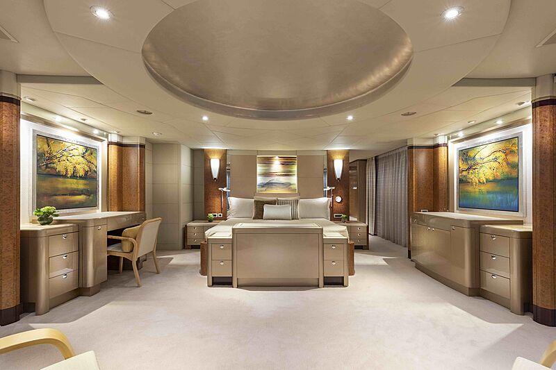 Sirona III yacht stateroom