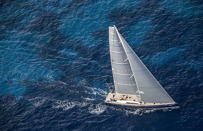 Solleone yacht sailing