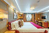 Avanti Yacht 2004