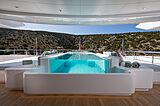 O'Pari yacht pool