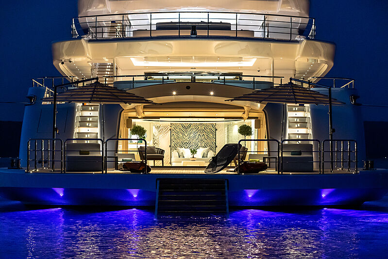 O'Pari yacht stern