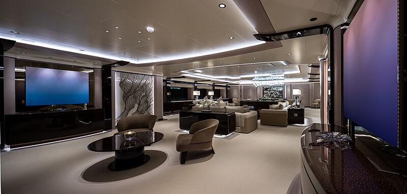 O'Pari yacht cinema room