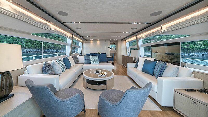Larimar II yacht saloon