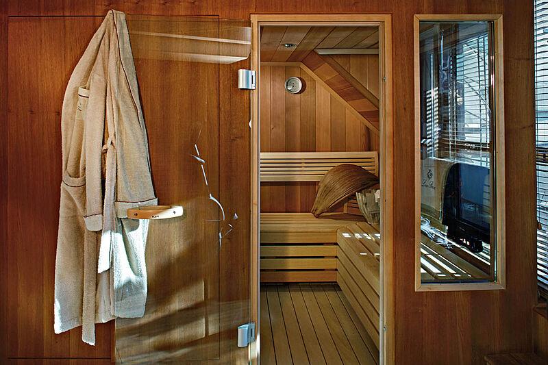 Megalodon yacht sauna