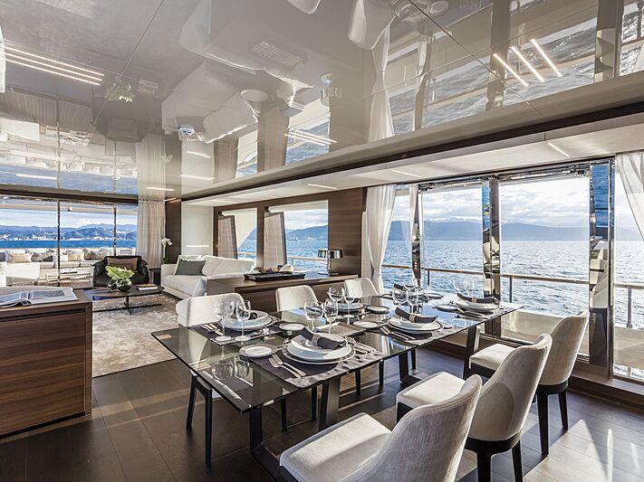 Custom Line Navetta 37 yacht dining