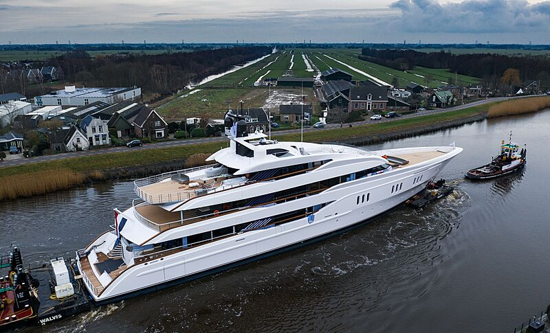 Vanish yacht by Feadship under transport