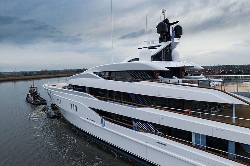 Vanish yacht by Feadship under transport