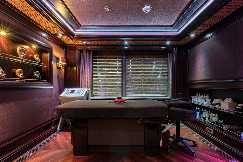 Ace yacht massage room