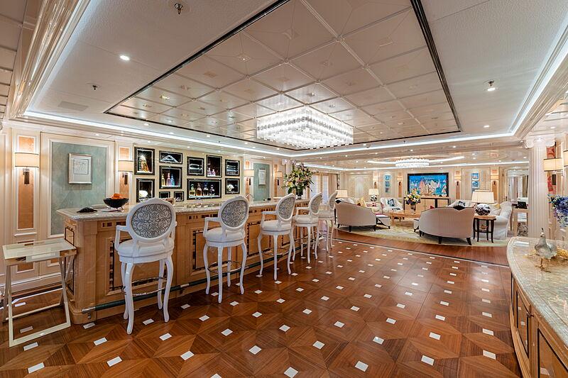 Ace yacht bar