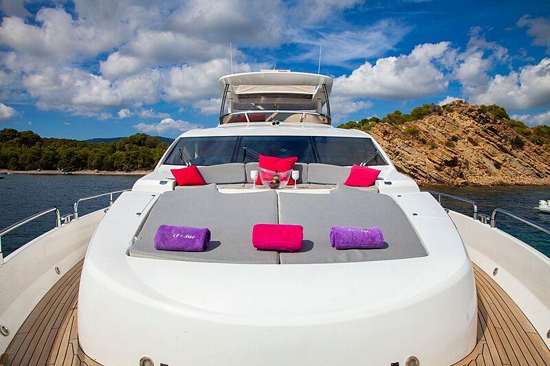 Li-Jor yacht sun deck