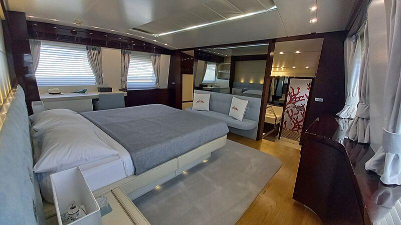 Freedom yacht stateroom