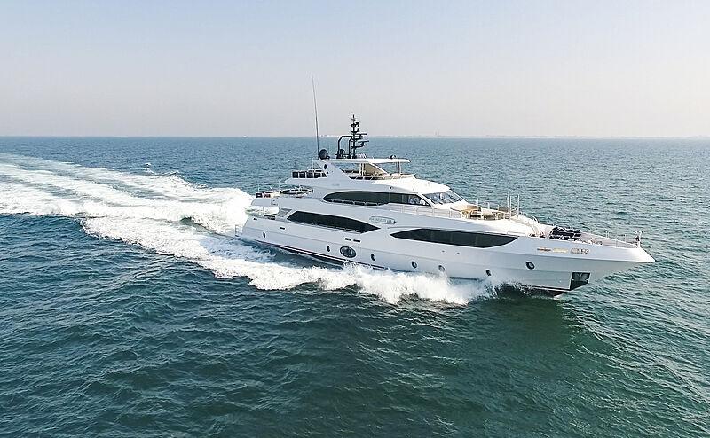 Bliss yacht cruising