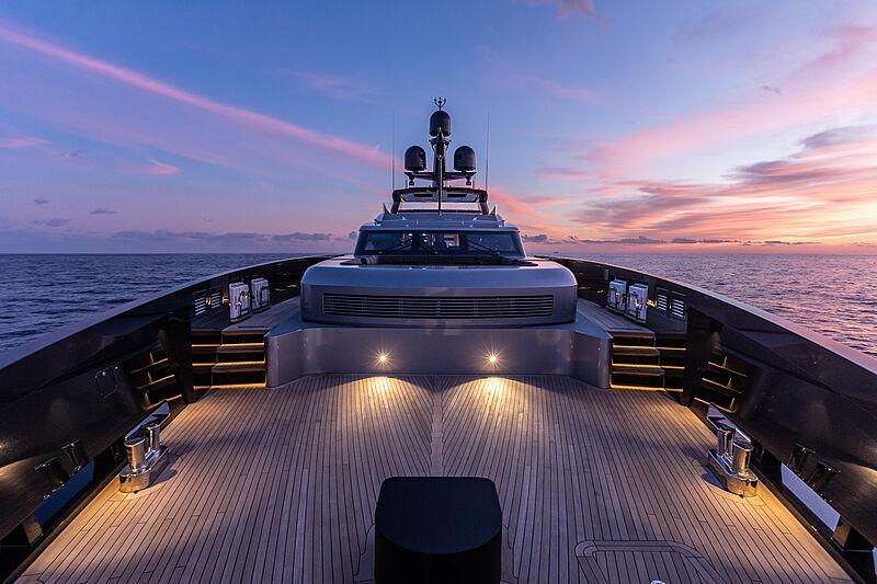 Olokun yacht foredeck