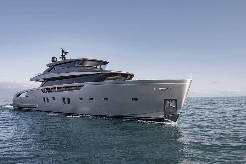 Sanlorenzo SX112 yacht cruising