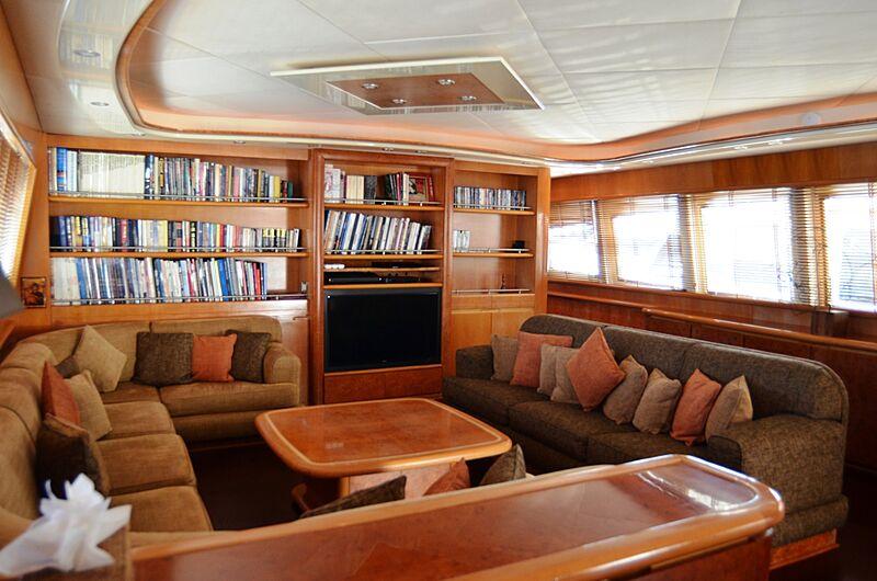 Dear Henri yacht saloon