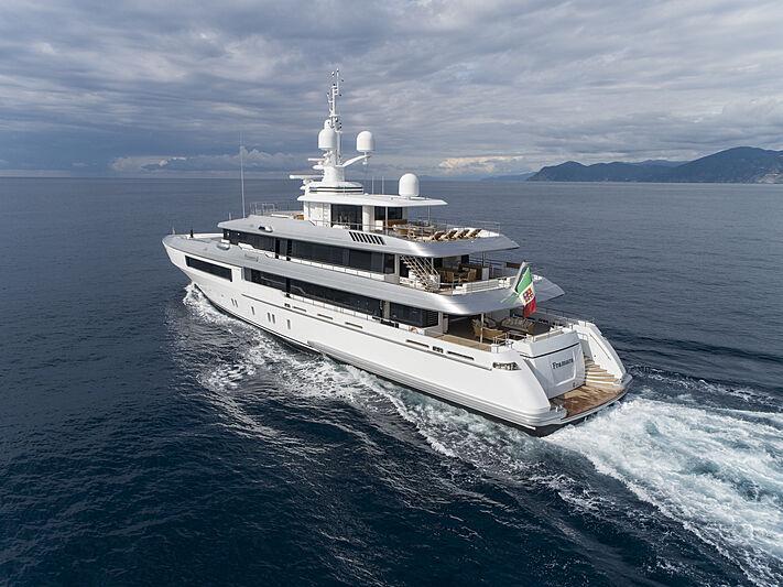 Framura yacht cruising