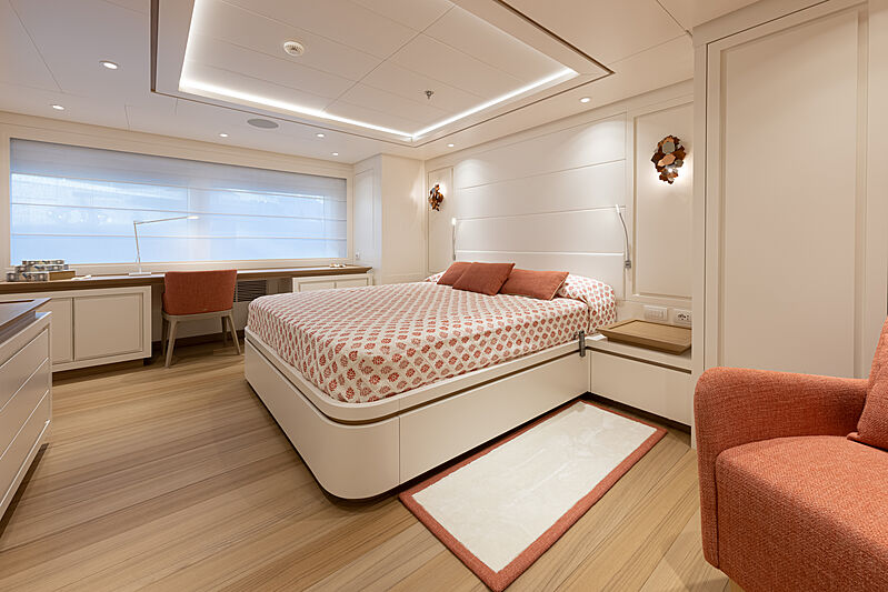 Framura yacht stateroom