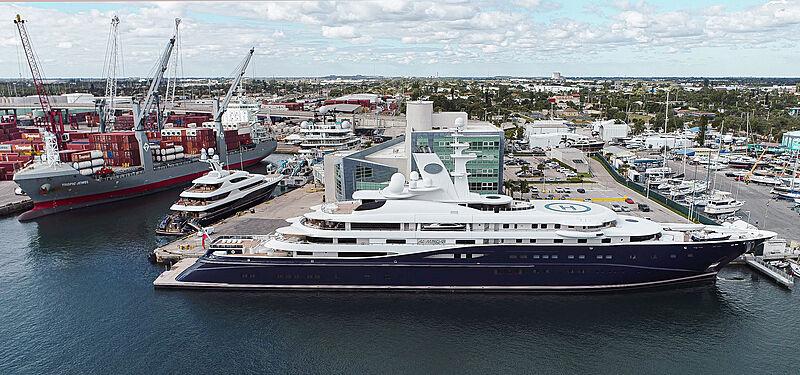 Al Mirqab yacht in Berth One Palm Beach
