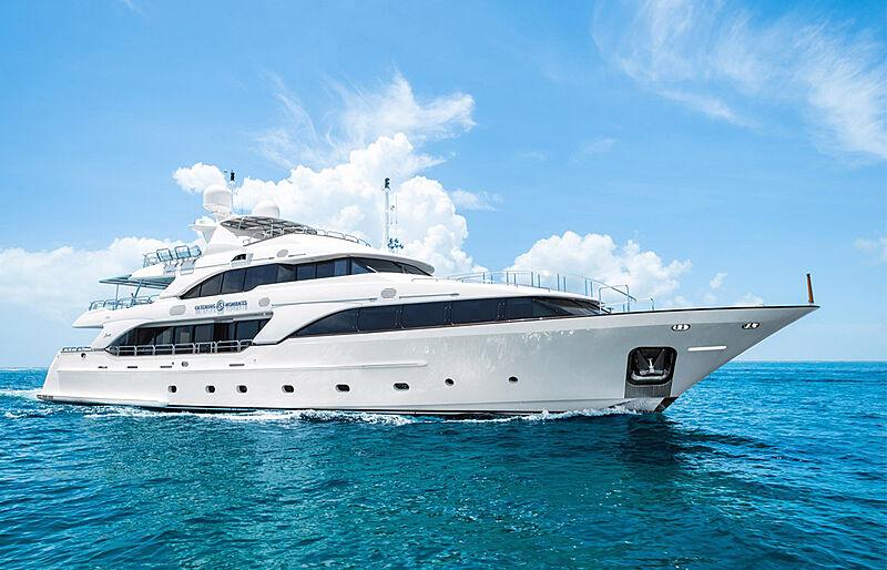 Catching Moments yacht cruising