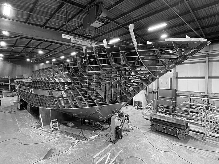 Blue Jeans yacht in build