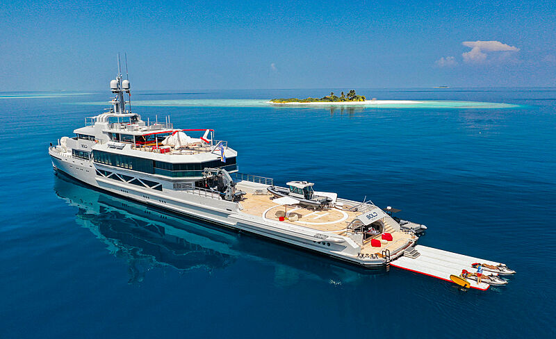 Bold yacht by SilverYachts in the Maldives