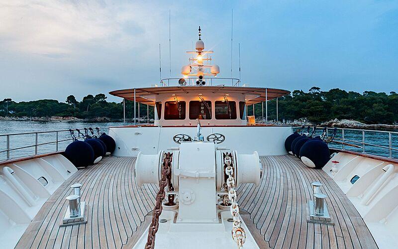 Arionas yacht foredeck