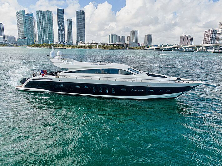 Friday yacht in Miami