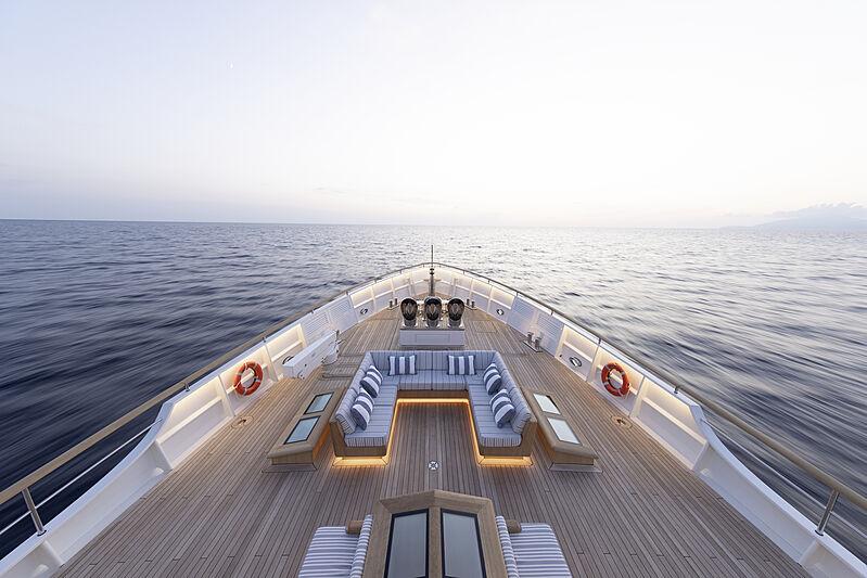 Blue II yacht foredeck