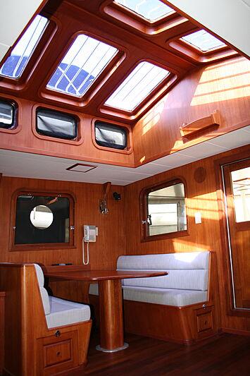 Sindbad yacht saloon