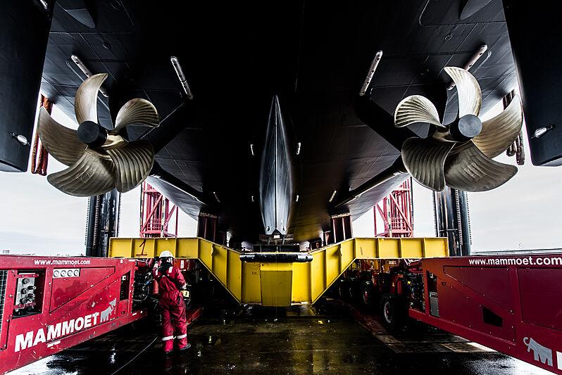 Amels 20002 yacht launch in Vlissingen