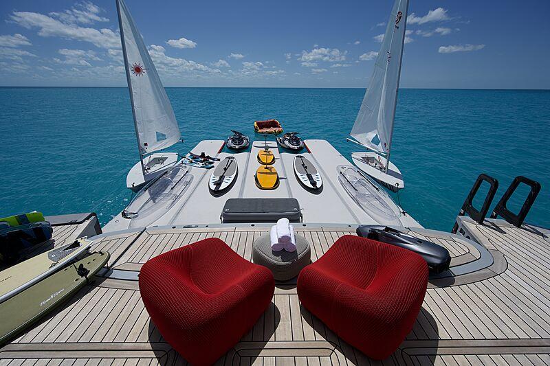 Bold yacht toys
