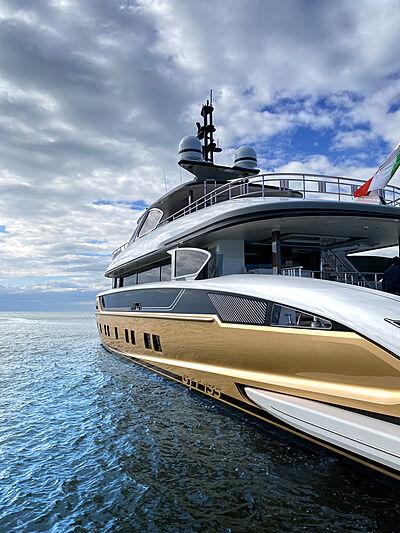 Stefania yacht on sea trials