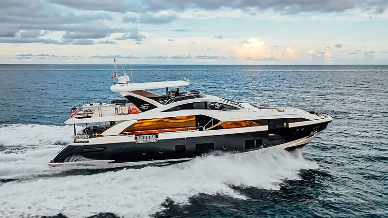 MAJESTIC MOMENTS yacht Azimut