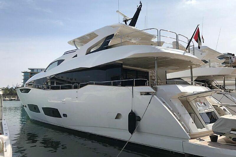 Nika yacht in Dubai