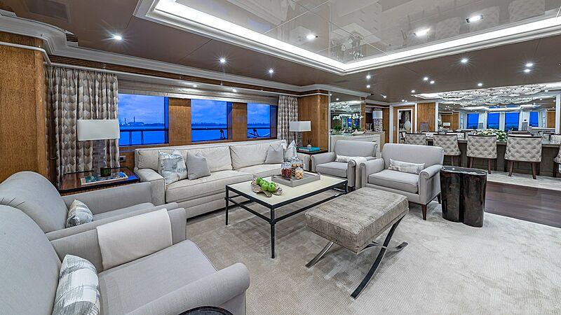 Andiamo yacht saloon