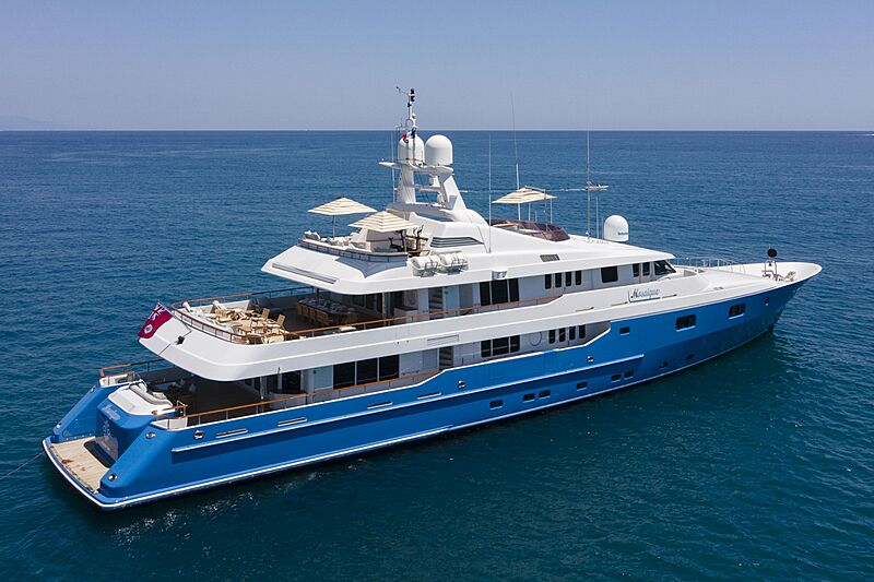 Mosaique yacht anchored