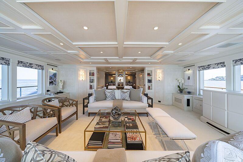 Mosaique yacht saloon