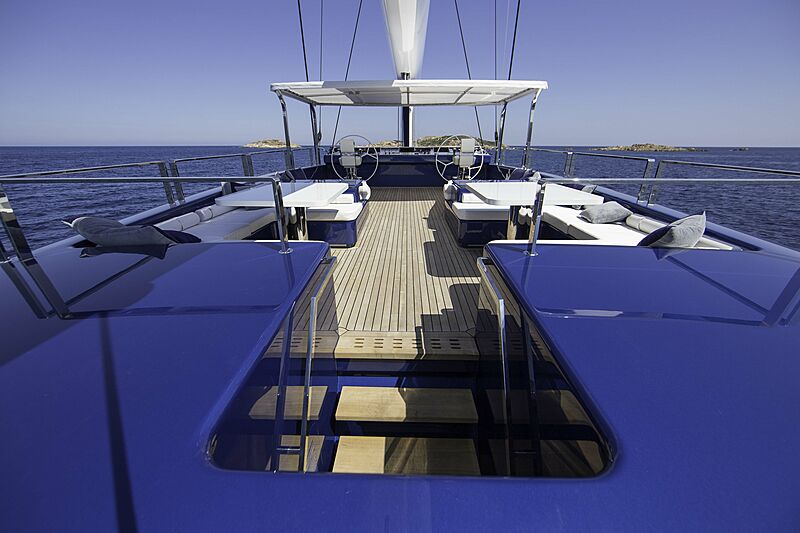 Nativa yacht deck