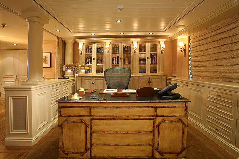 Tatoosh yacht study