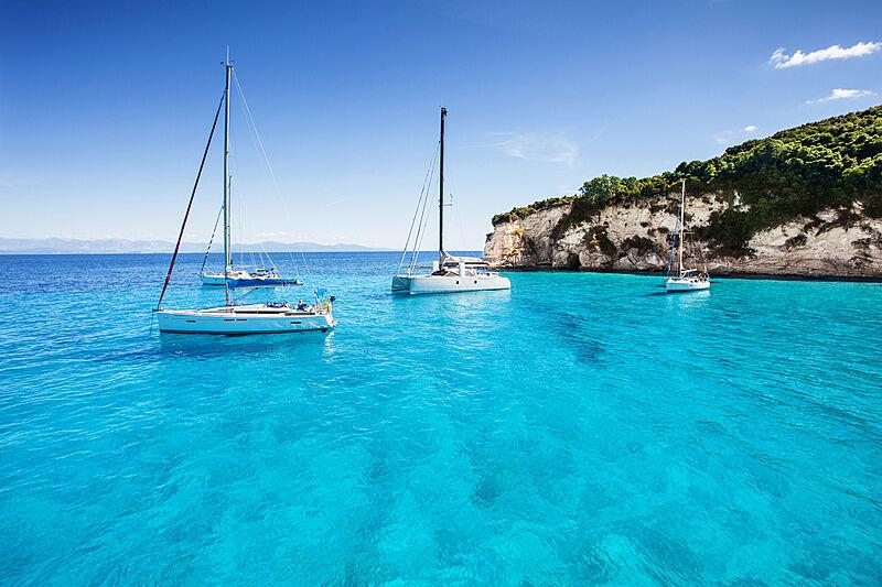 Sail.me charter yacht marketing