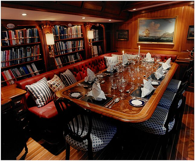 Anakena yacht dining table