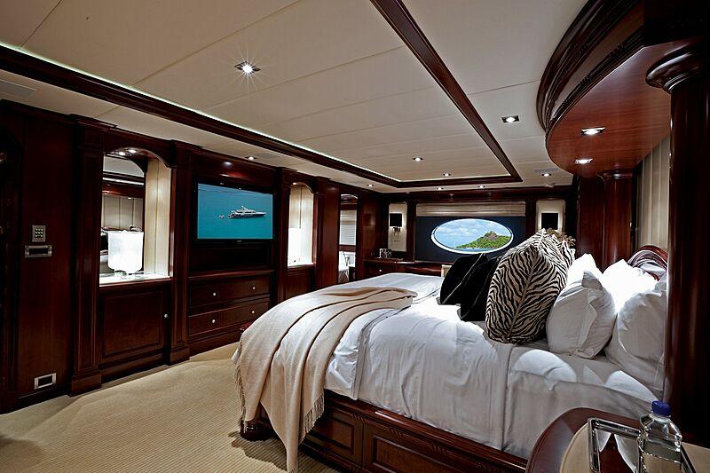Alessandra yacht stateroom