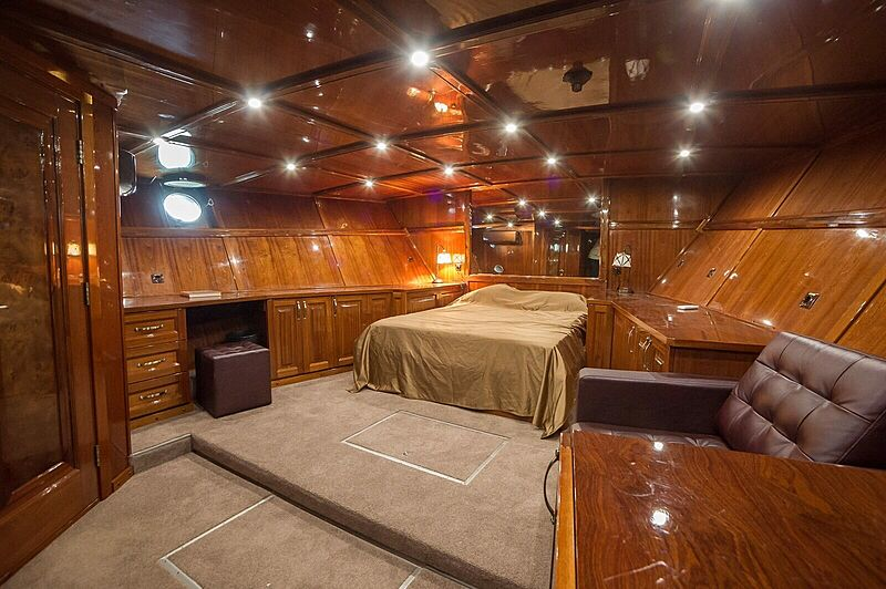 Anna yacht stateroom