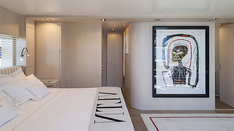Private GG yacht stateroom
