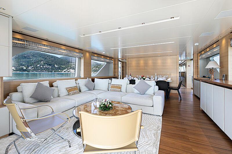 The Unifier King Abdulaziz yacht saloon