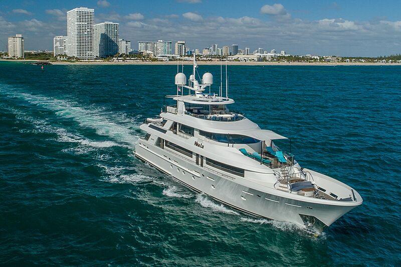 Nina Lu yacht cruising
